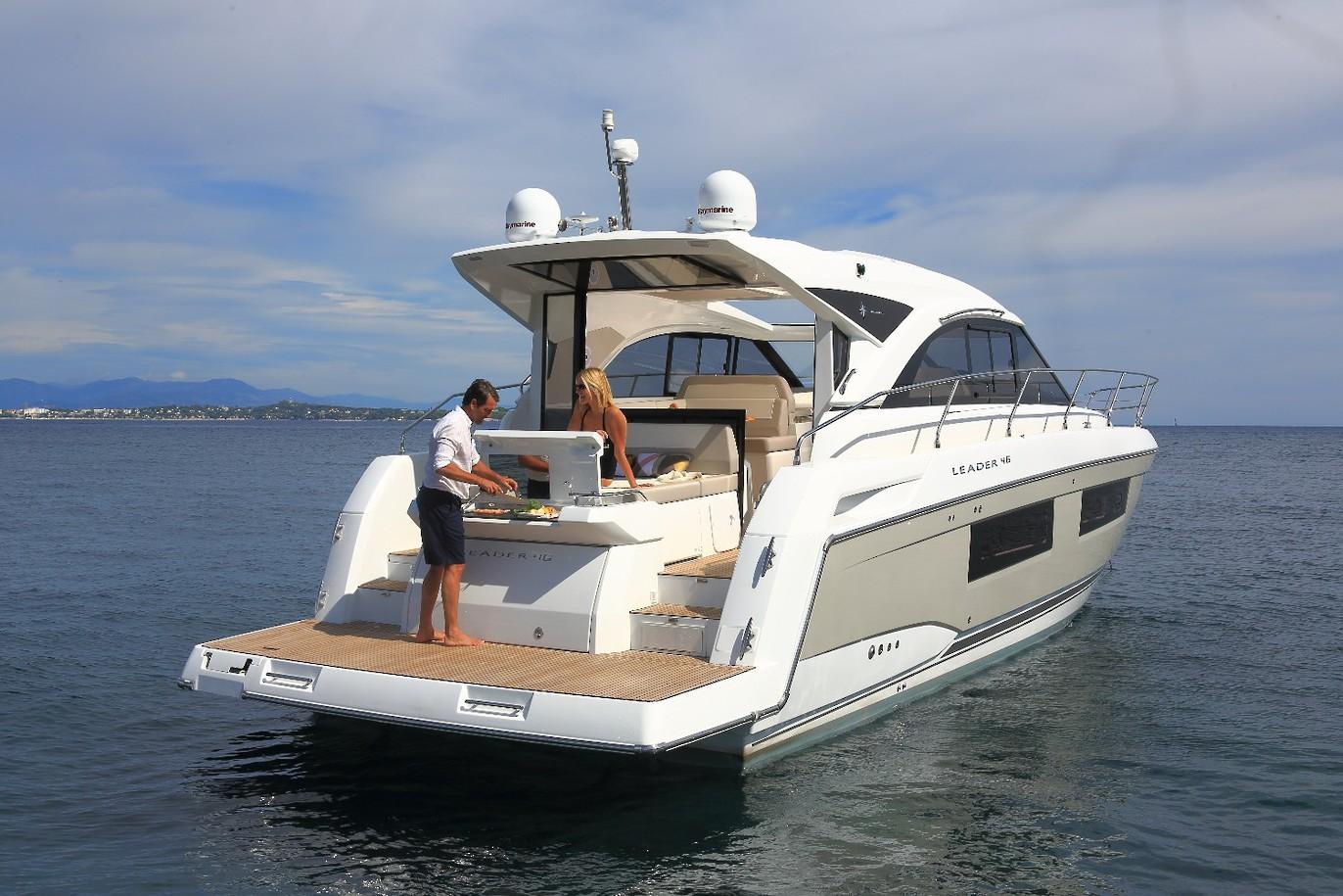 location granville plaisance bateaux nautisme bateaux jeanneau zodiac moteurs honda. Black Bedroom Furniture Sets. Home Design Ideas